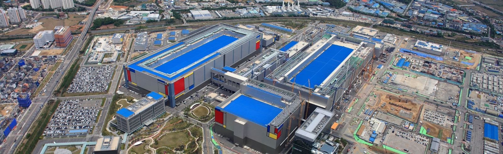 Samsung expands its foundry capacity with a 5 nm production line